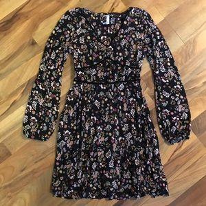 Xhiliration • Mini Floral Peasant Dress